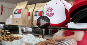 Picture of World's Best Donuts display case in Grand Marais, MN
